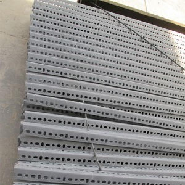 hot rolled equal angle steel steel angles mild steel angle bar/price per kg iron steel angle bar #3 image